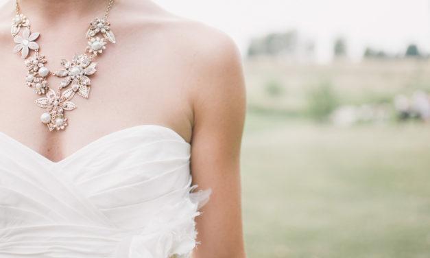 Comment bien choisir ses bijoux pour un mariage ?